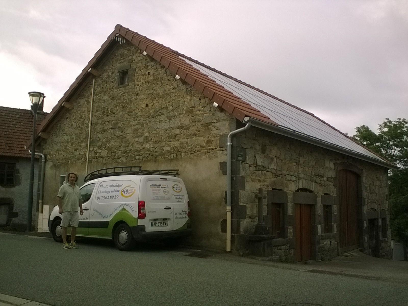 Halle des artisans(63780 - Queuille)