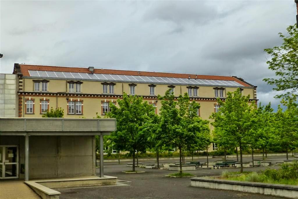 Lycée Claude et Pierre Virlogueux